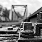 2015_01_(Platz 3)_S1-R01_stillgel_Eisenbahnbruecke