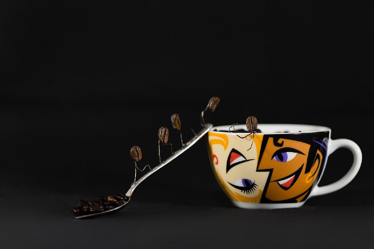 2014_04_(Platz 1)_Q1-MS_01_Kaffeebohnen-Espresso_2268_tn