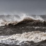 Baerbel Brechtel - Fischerboot im Sturm