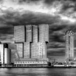2014_09_platz-2_p2-mh-2-rotterdam-skyline-by-night