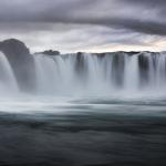 Bärbel Brechtel - Abendstimmung über Wasserfall